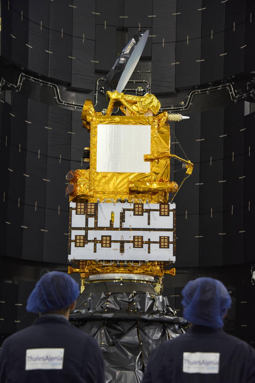 2016.1.16:ジェイソン3衛星の打ち上げ準備