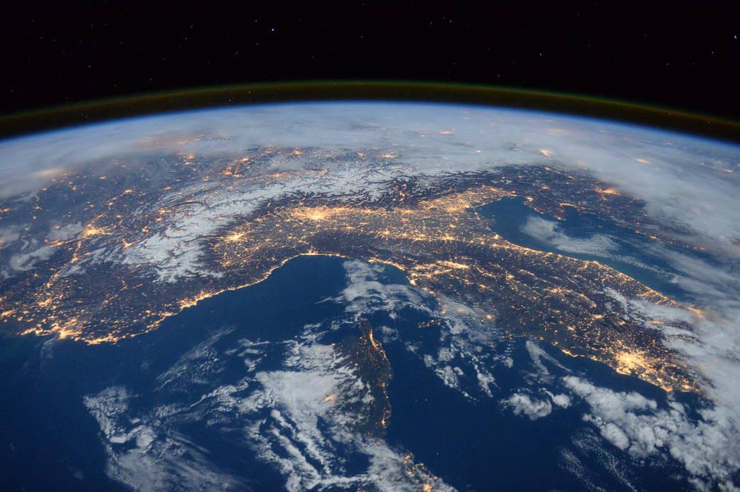 2016.1.27:宇宙ステーションからみた地中海の夜景