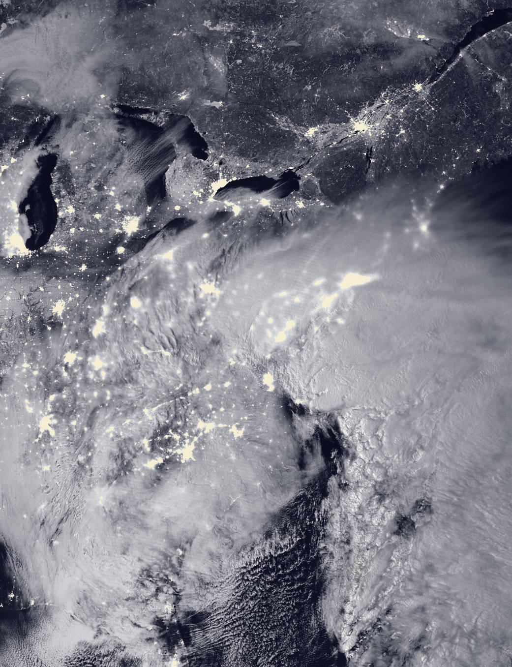 2016.1.24:月明かりに浮かぶ2016年のブリザード(暴風雪)
