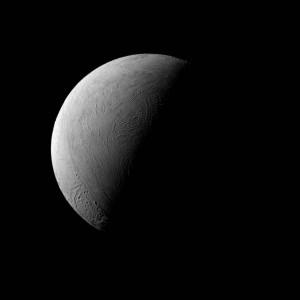 2016.1.26:半月のエンケラドゥス (土星の第2衛星)