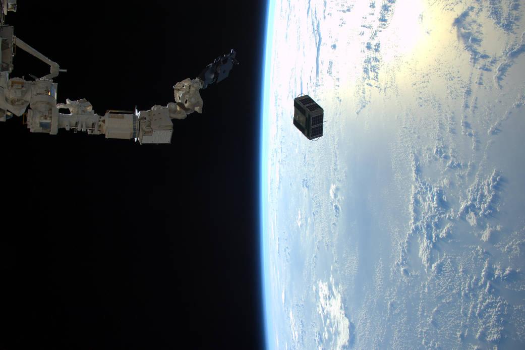 2016.02.03:大学の衛星を宇宙ステーションからポイッ!
