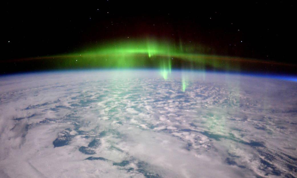 2016.2.25:オーロラ上空を通過