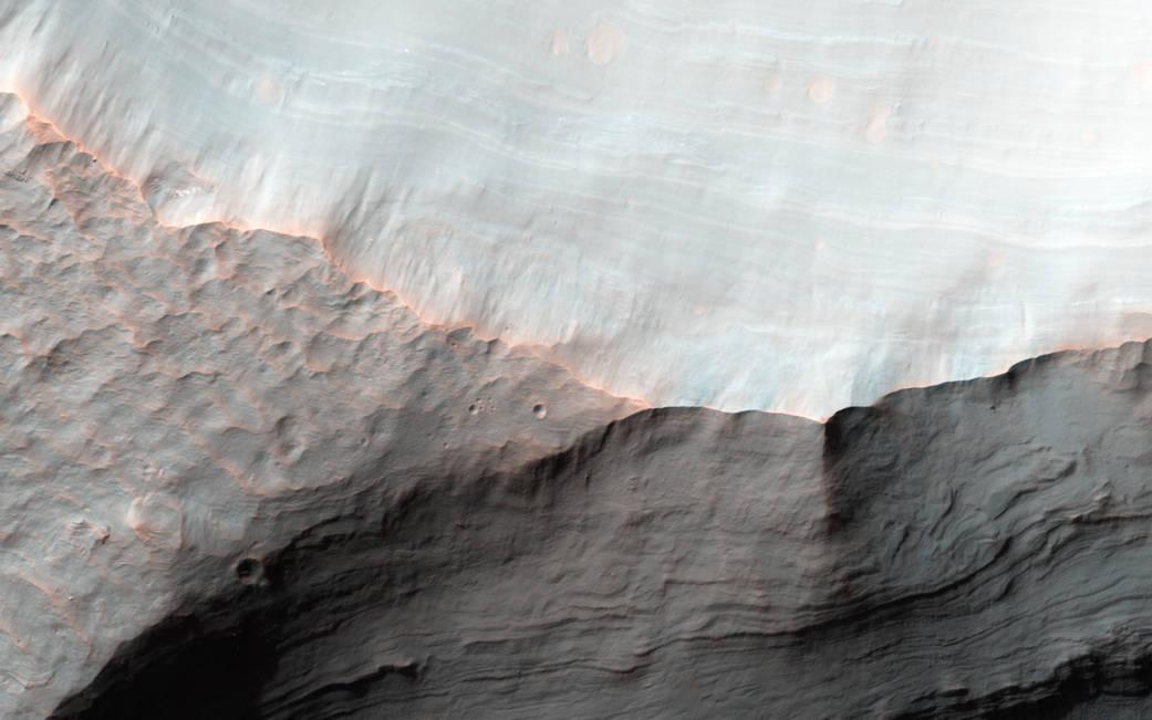 2016.3.25:火星の日本人の名前のクレーターにある扇状地