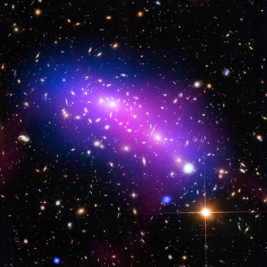 2016.3.25:ハッブル望遠鏡で見た万華鏡のような宇宙
