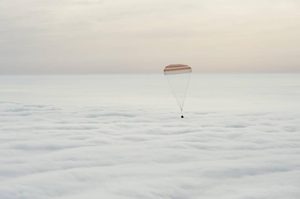 2016.3.2:1年の宇宙ステーション滞在から地球へ帰還