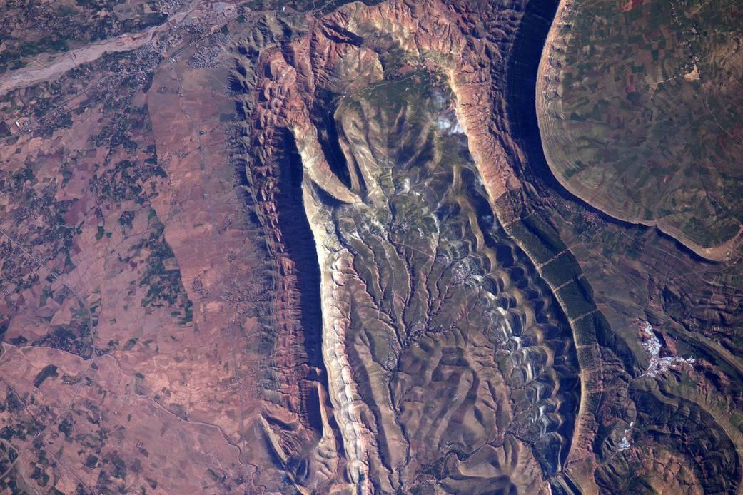 2016.05.04:モロッコの異様な景観