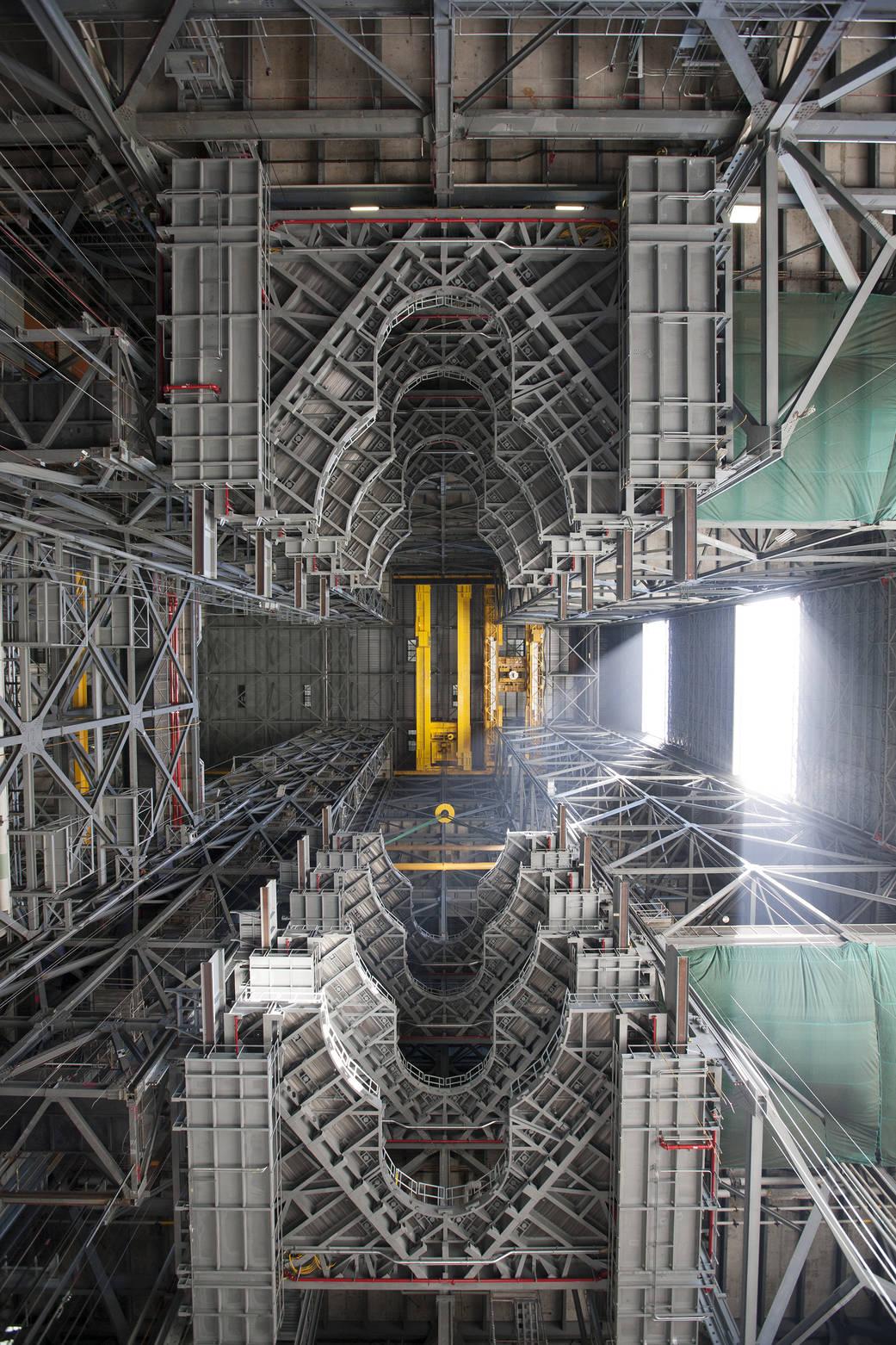 2016.07.14:火星ロケット組立棟の威容