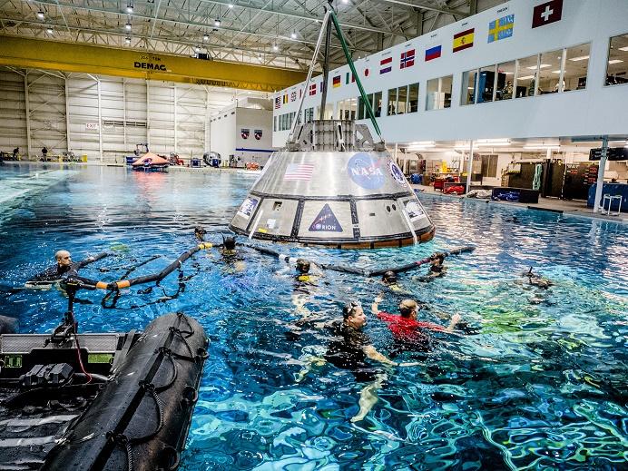 2016.09.23:オリオン宇宙船の着水試験