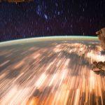 2016.10.08:宇宙ステーションから見た光の軌跡