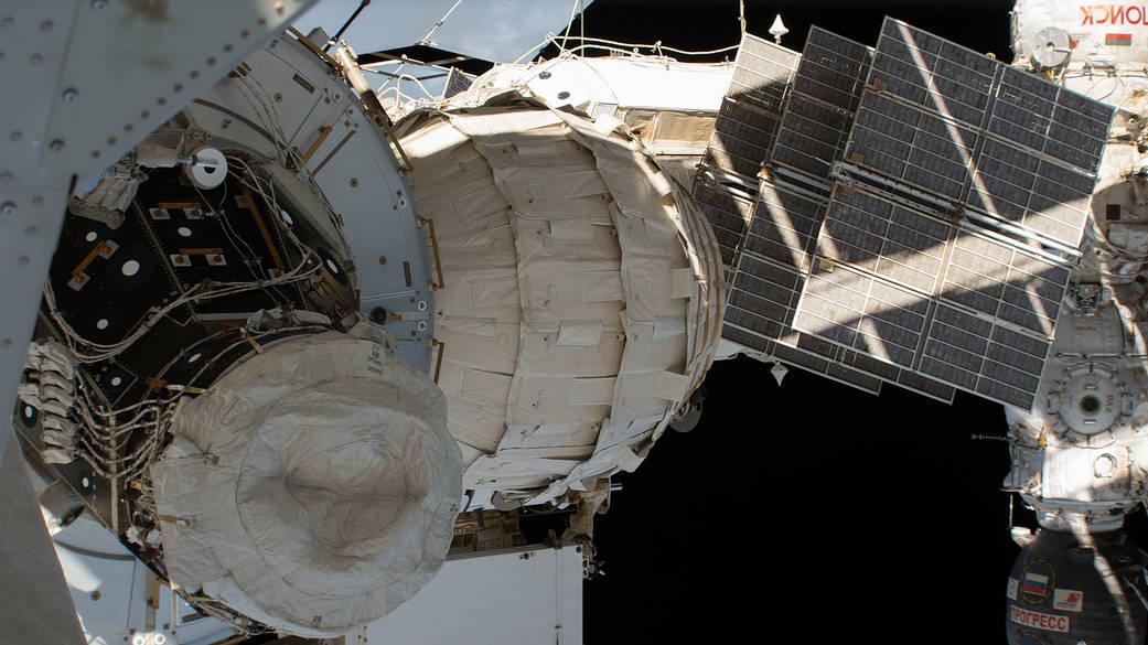 2016.10.01:宇宙ステーションの拡張居住空間