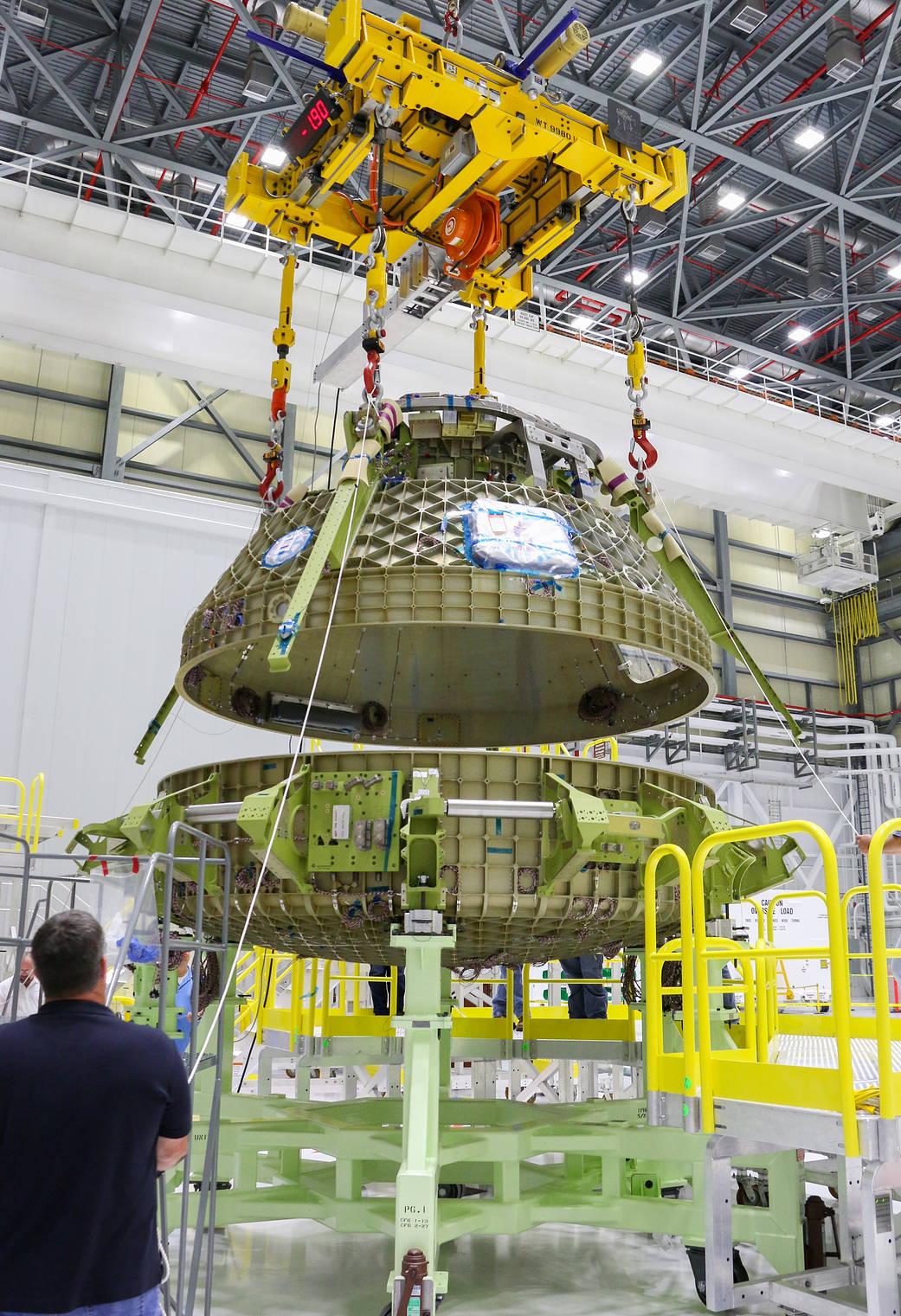 2016.10.25:CST-100 スターライナーの製造
