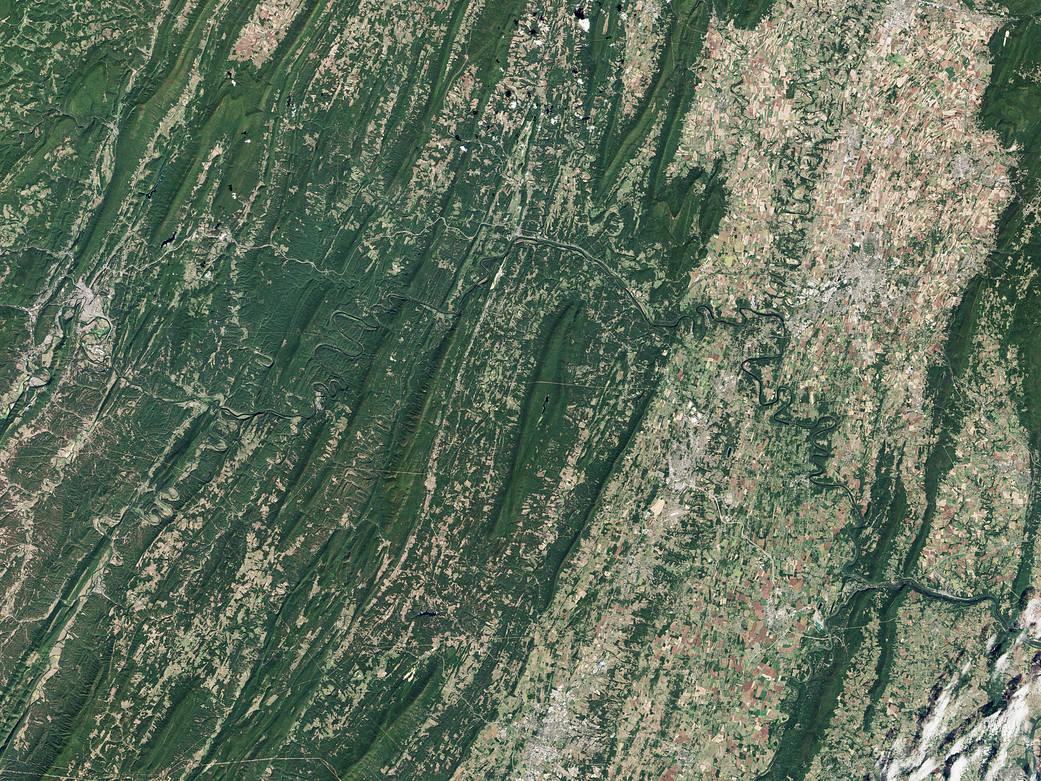 2016.10.27:ポトマック川と運河を上空から見ると...