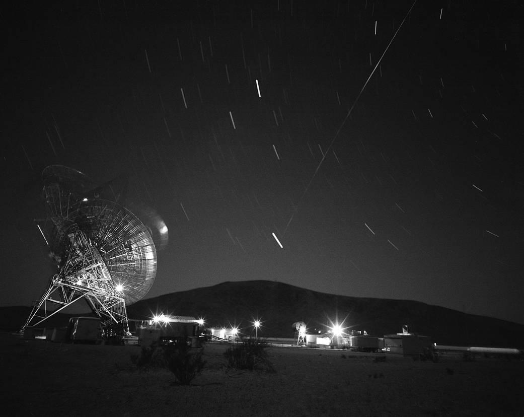 2016.10.28:初の通信衛星の軌跡