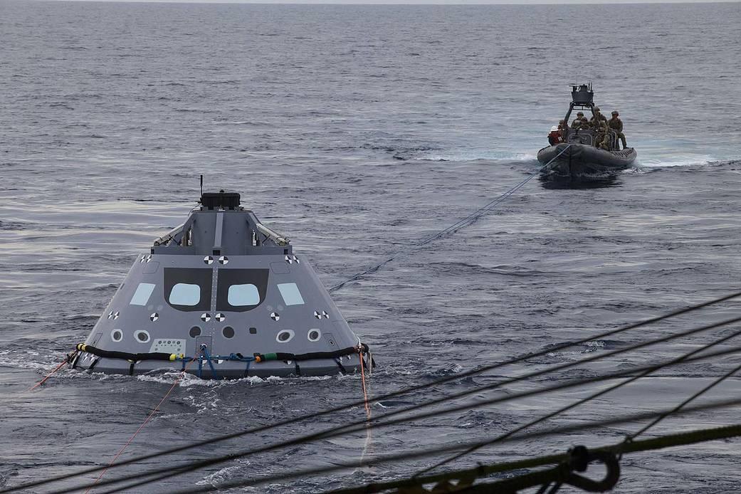 2016.11.04:オリオン宇宙船の着水試験