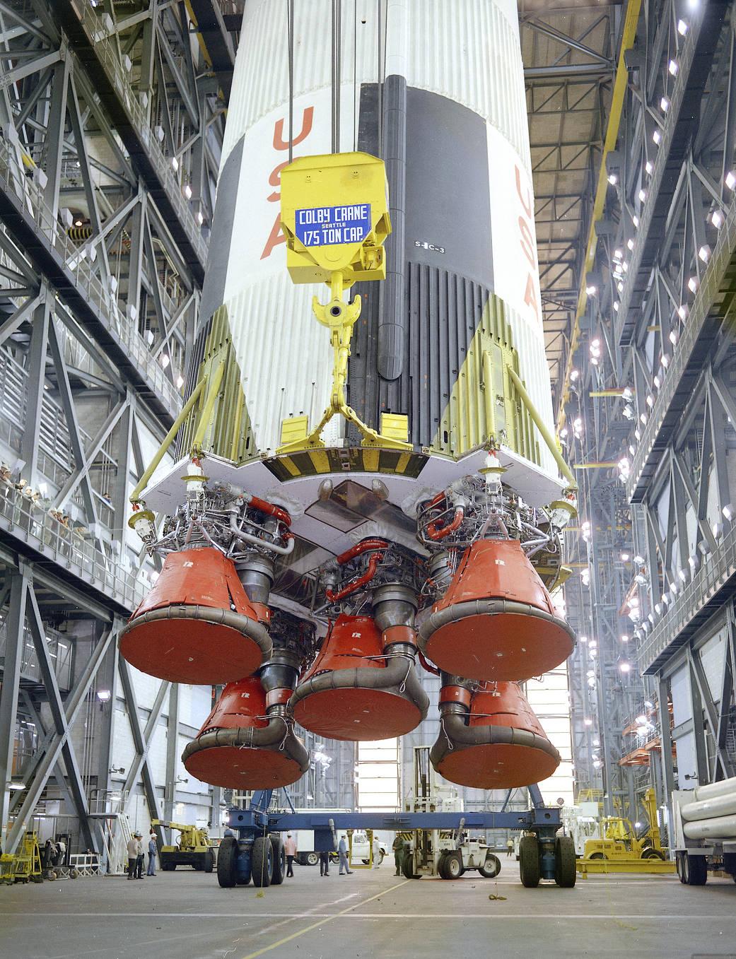 2016.12.22:【NASAの歴史】から初の有人ロケットの打ち上げ