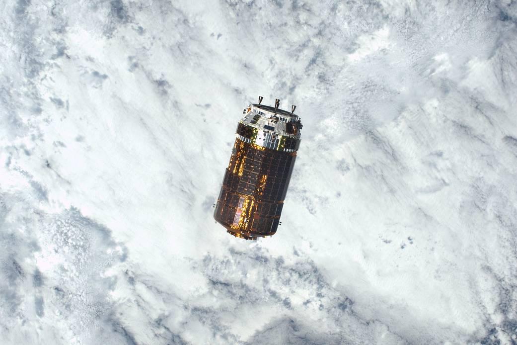 2016.12.14:こうのとり6号が宇宙ステーションに到着