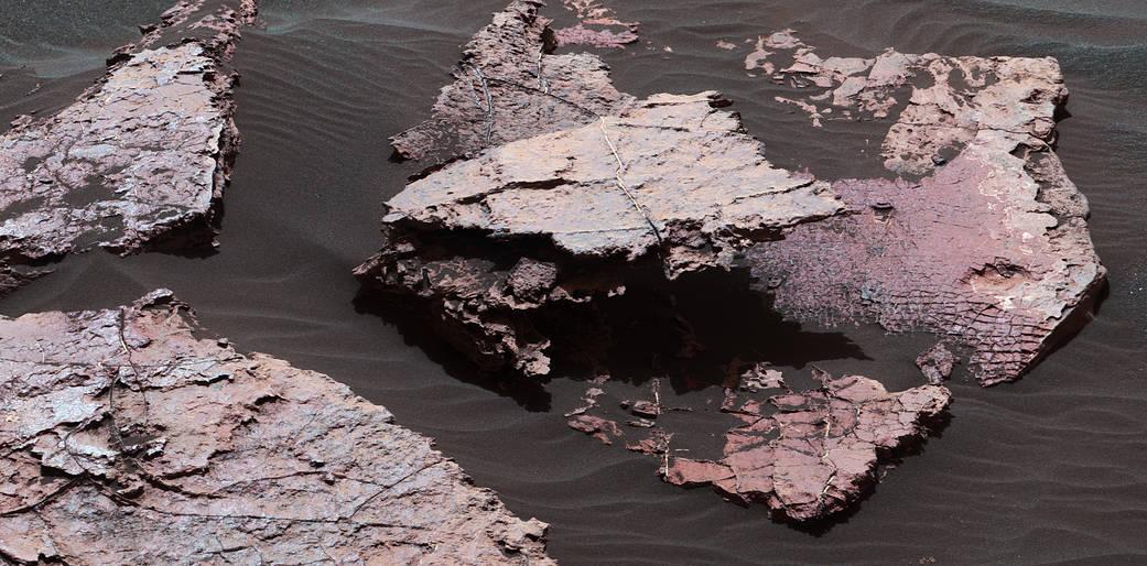 2017.01.19:古代火星で地表が乾燥した証拠の岩
