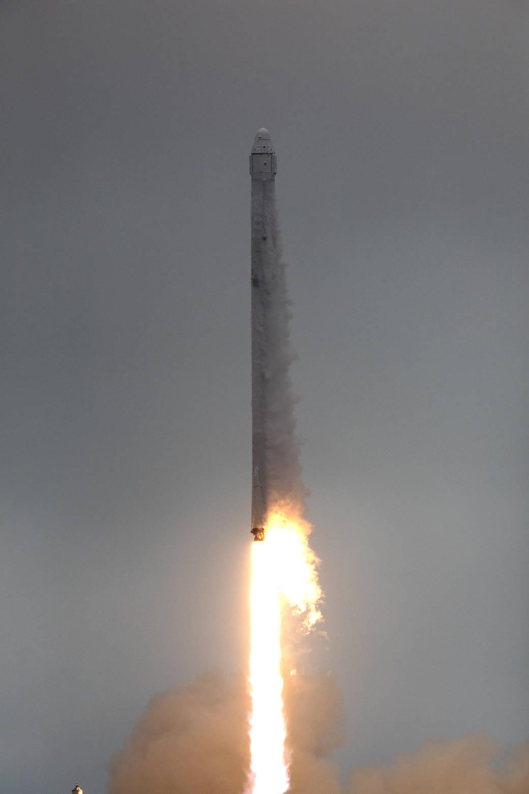 2017.02.20:スペースXのファルコン9ロケット打ち上げ成功!