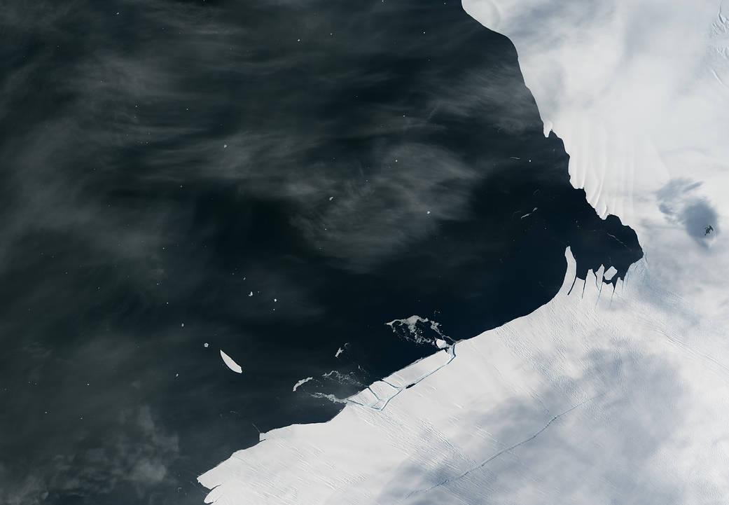 2017.02.17:南極で氷山が生まれるところ