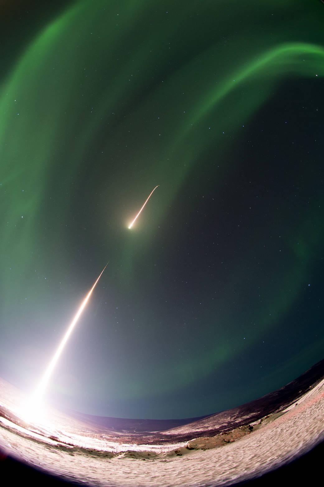 2017.02.24:オーロラ調査ロケットの打ち上げ