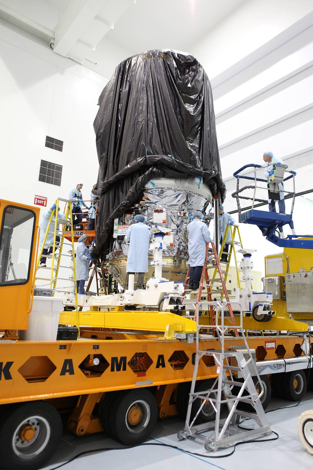 2017.03.07:国際宇宙ステーションへの貨物輸送用ロケットの準備風景