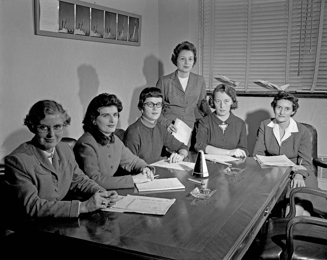2107.03.09:1959年1月のNASAの女性科学者たち