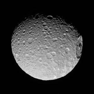 2017.03.13:土星の衛星ミマスにある巨大なクレーター