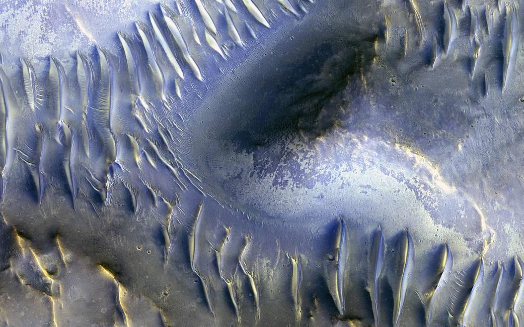 2017.03.30:火星地上の奇妙な造形